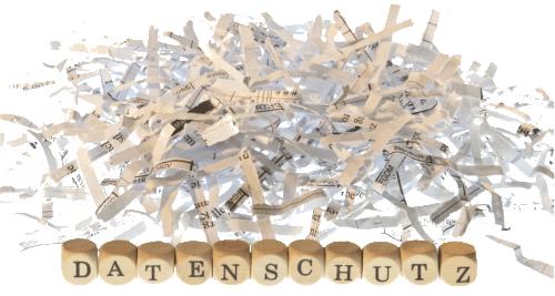 """Zerschnibbelte Papiere und das Wort """"Datenschutz"""""""